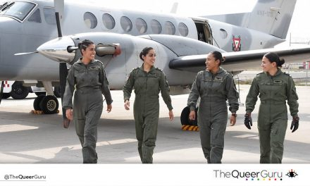 Primera tripulación aérea integrada totalmente por mujeres.